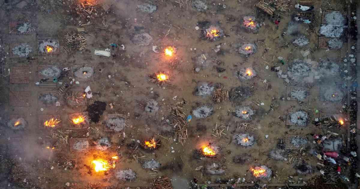 Covid Burning Pyres - Danish Siddiqui