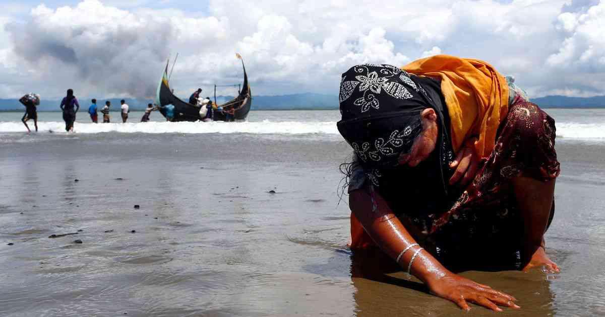 Rohingyas River Crossing - Danish Siddiqui