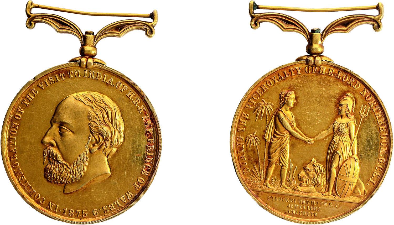 प्रिन्स ऑफ वेल्सच्या भारत दौऱ्याच्या स्मरणार्थ काढलेले पदक